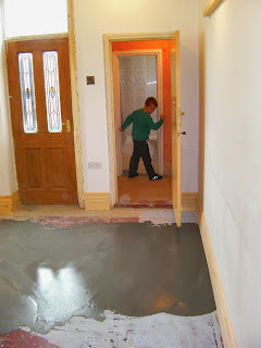 covering concrete in latex screed