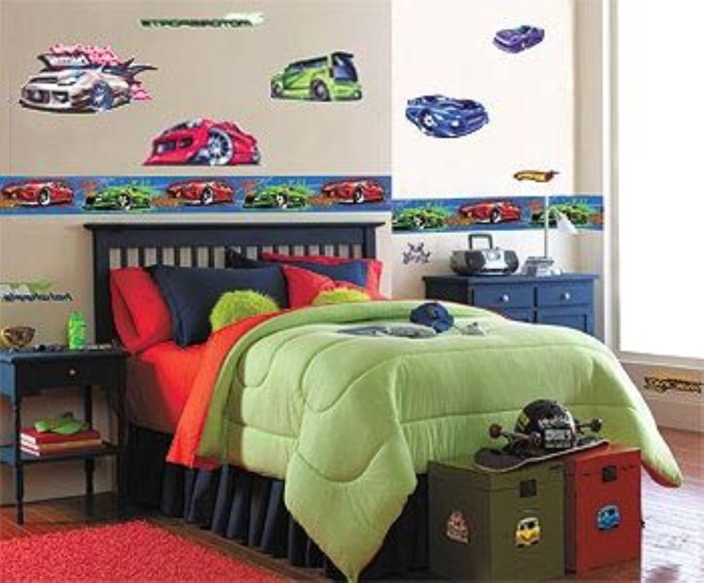 Toddler boy bedroom ideas pictures for Boy car bedroom ideas
