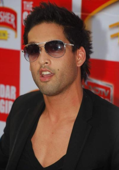 Siddharth mallya height