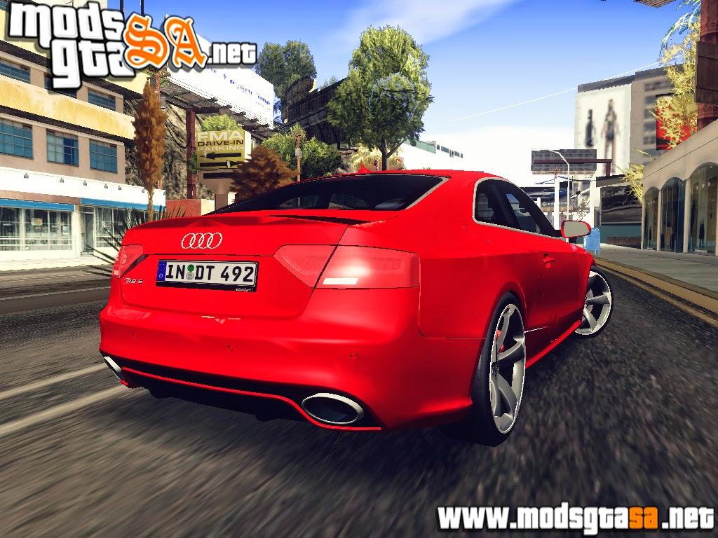 SA - Audi RS5 2013