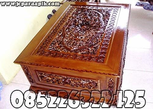 meja dari kayu jati