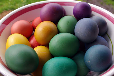 Dying Brown Eggs
