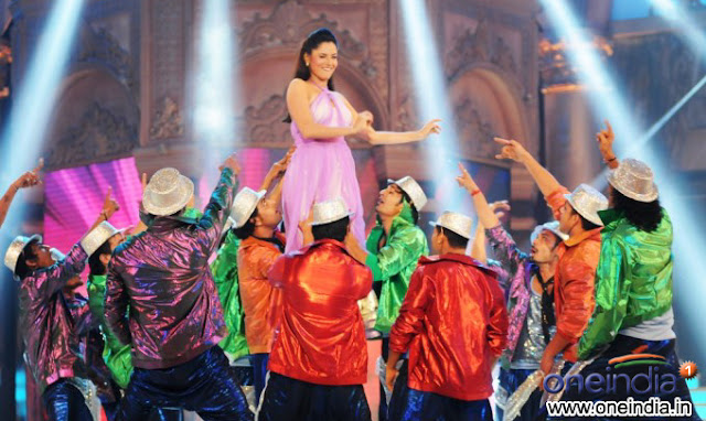 ankita lokhande archana dance performance