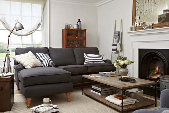 2013-Easy-living-room-furniture-decoration-ideas