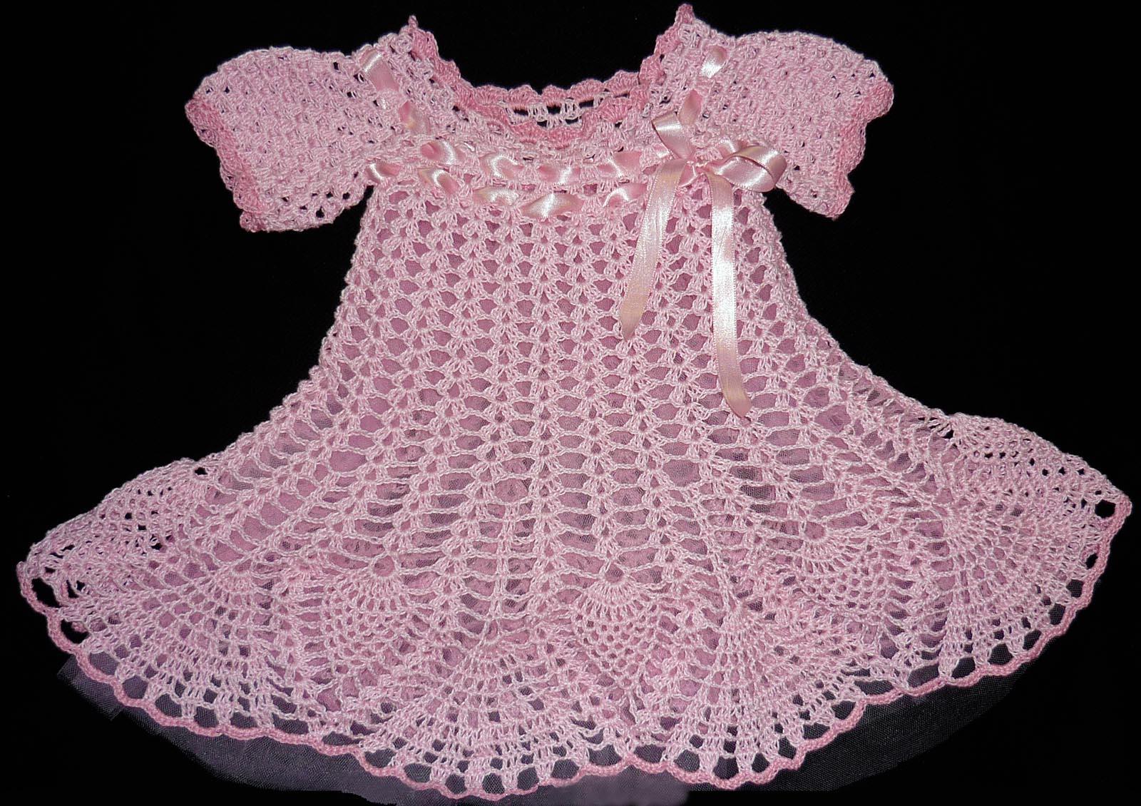 vestido para bebé tejido en hilo Carmencita decorado con cintas y ...