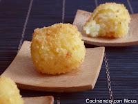 Mini bocados de patata y parmesano