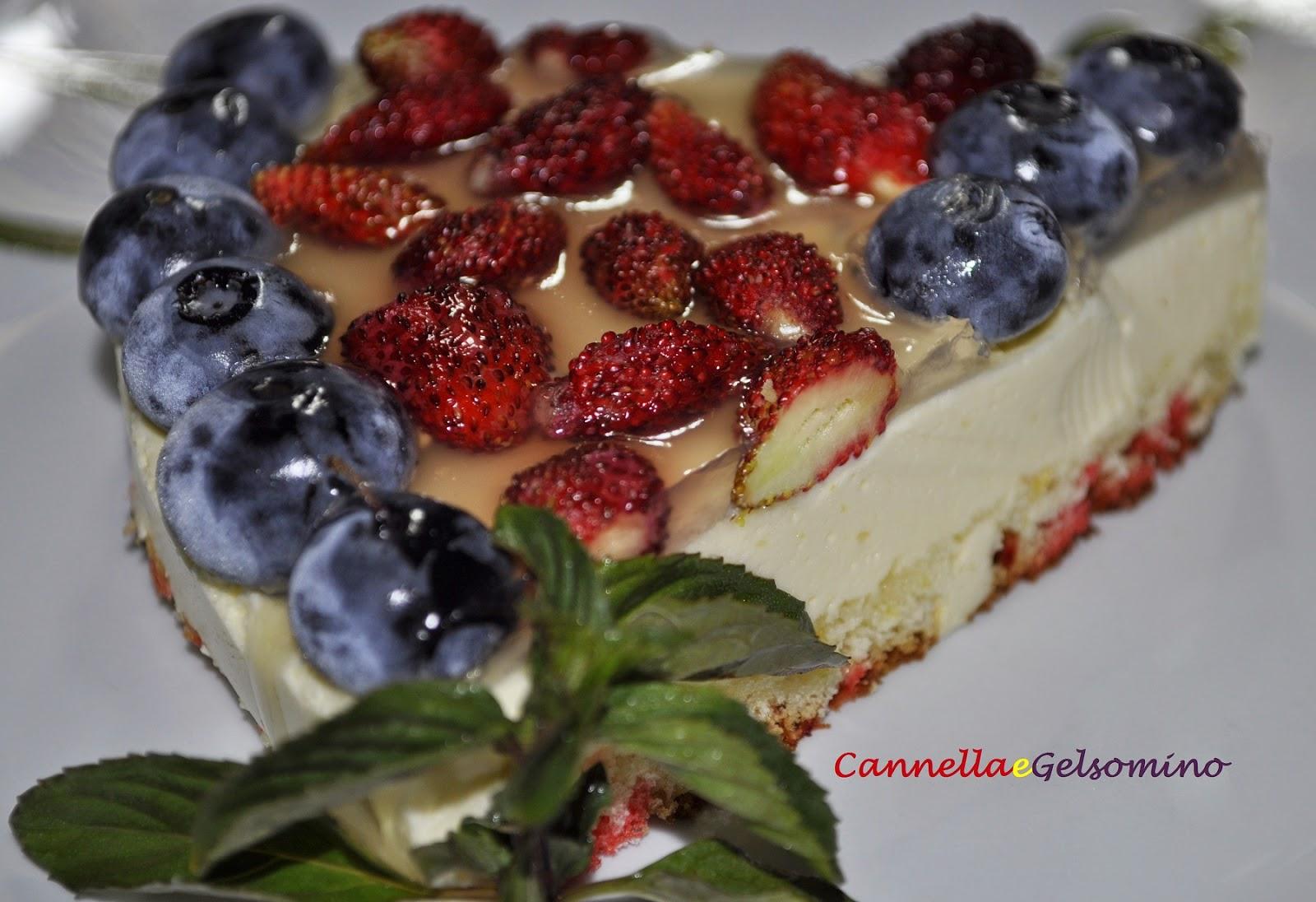 torta al limone e frutti rossi