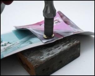 Press Kertas dengan memasukan lubang tali dan lem potongan kertas ...