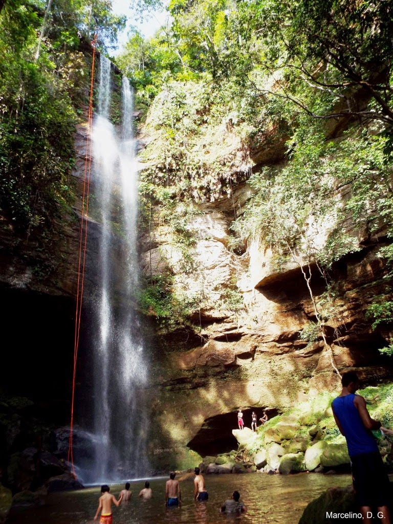 Cachoeira-da-roncadeira-taquaruçu-palmas-tocantins