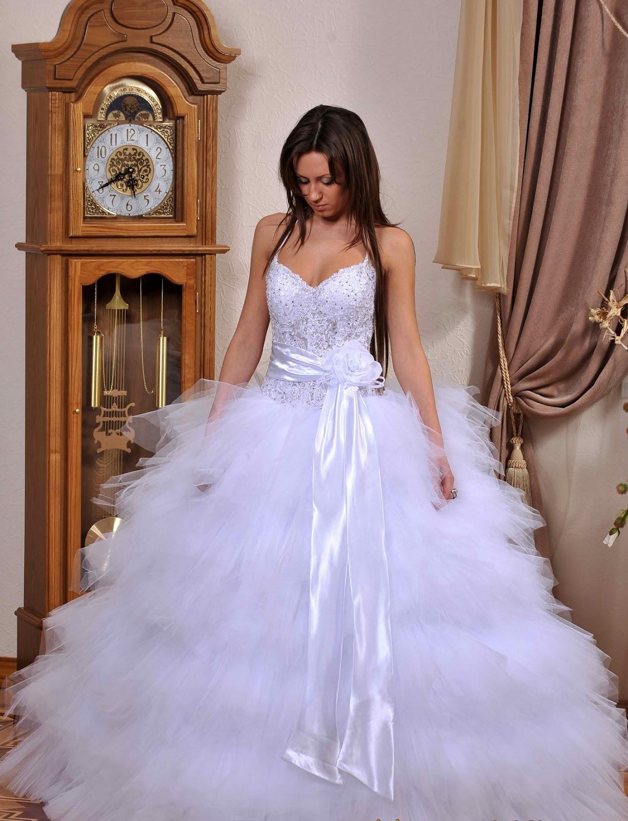 Хочу на весілля дуже дуже пишного плаття допоможіть мені фото 6 фотография
