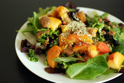 peach and hummus salad