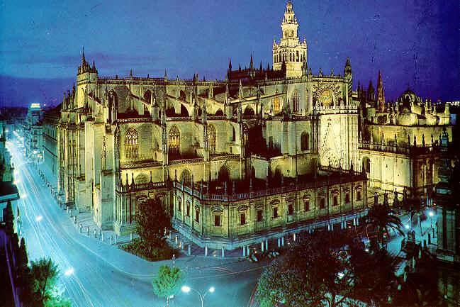 Arte para ni os la catedral g tica de sevilla for Exterior catedral de sevilla
