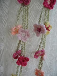 Crochet Flower Curtain Free Pattern : Garden Tie-Backs