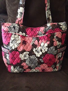 9d39b46285 A Very Vera World  Vera Bradley Pleated Tote Review