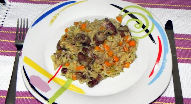 coraçãozinho de galinha e arroz