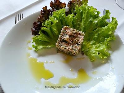 Oui Restaurant: Saumon Tartare