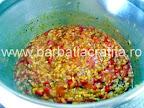 Tocana de legume cu orez si ciuperci la fiert, in oala