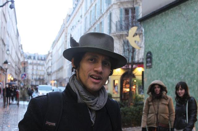 hat-pluma-sombrero-hombre