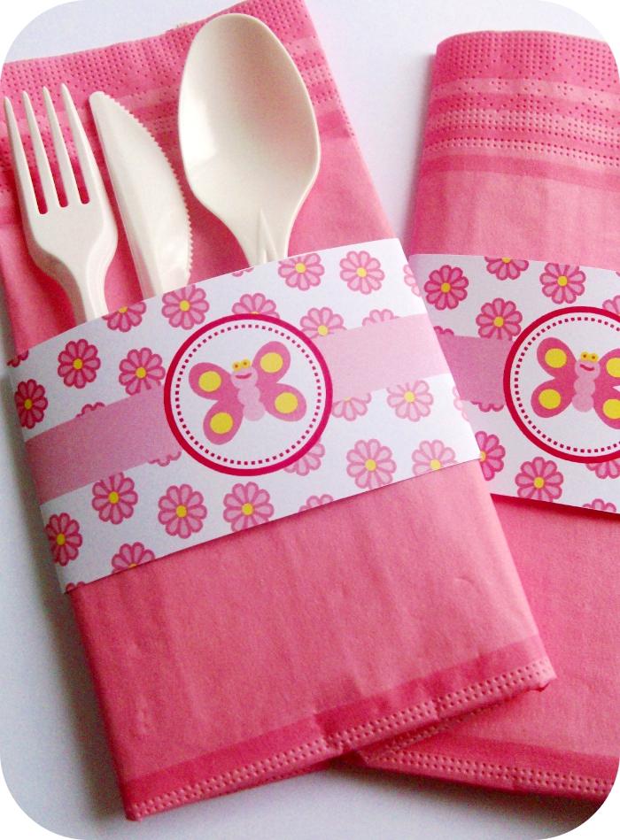 3 fold paper napkins work best