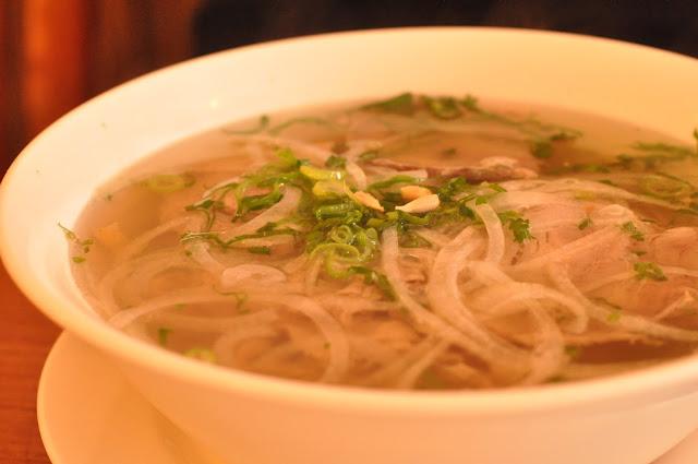 Loong Kee Kingsland Road Vietnamese restaurant beef pho
