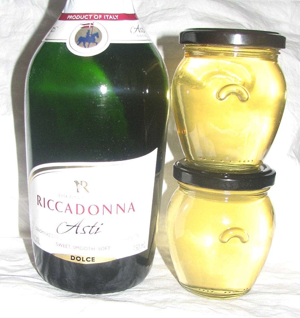 FOOD PRESERVING: Champagne Jelly
