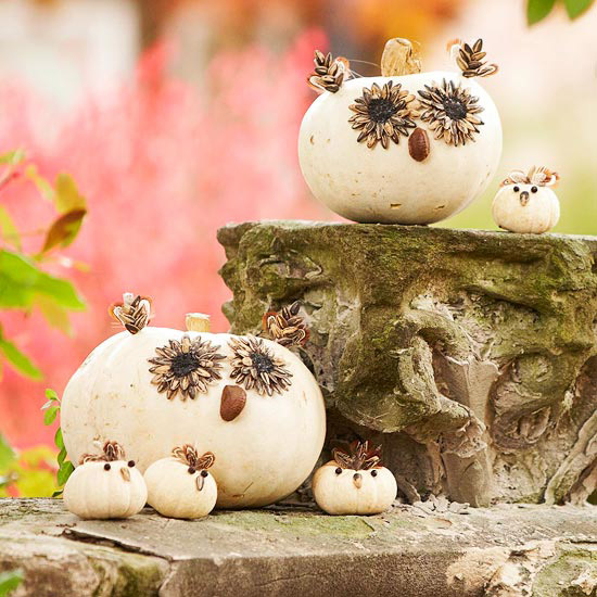 Inside the brick house 10 ideas for gourds and pumpkins for Fall pumpkin decorating ideas