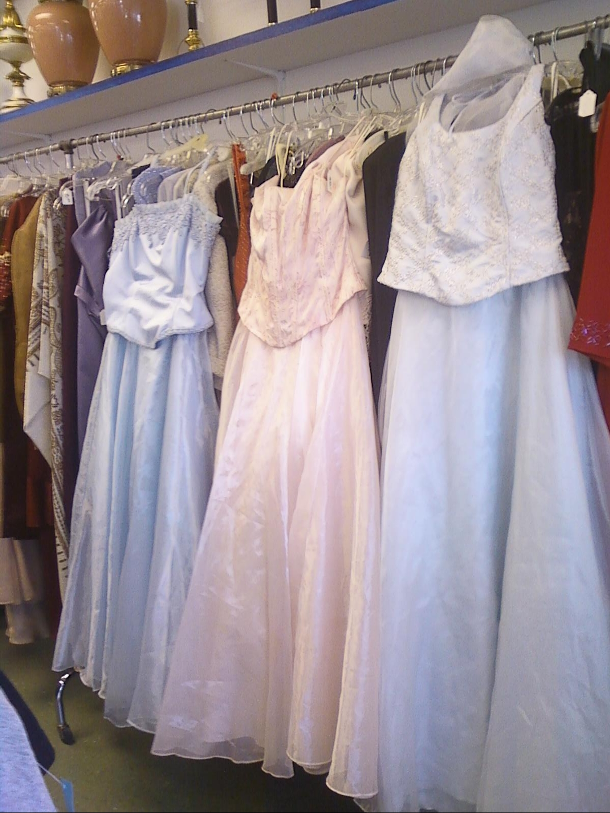 This Houston thrift store benefits animals: Save LOTS on Prom ...