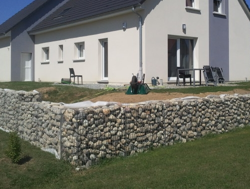 en kit comment poser cage metallique gabion soimême mur soutenement