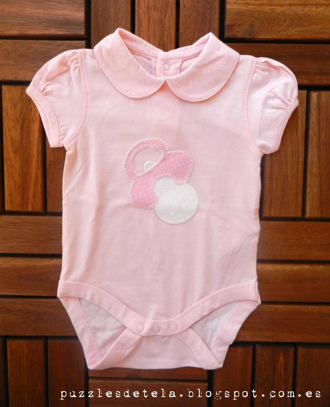 Bodys para bebés, bodys patchwork, ropa de bebés, patchwork, puzzles de tela,handmade, hecho a mano, bodys niña hecho a mano.