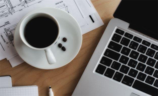 مميزات وعيوب العمل الحر والفرق بينه وبين الوظيفة ولماذا أكثر الأشخاص يتجه إلى هذا المجال بدلاً من الوظيفة
