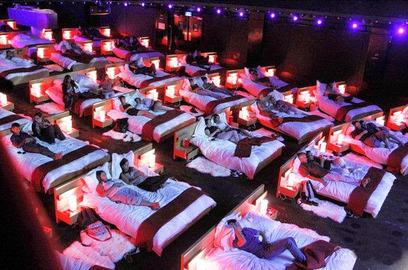 http://funkidos.com/latest-technology/first-cinema-hall-with-beds-in-moscow