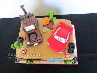 bolo aniversário filme carros bragança