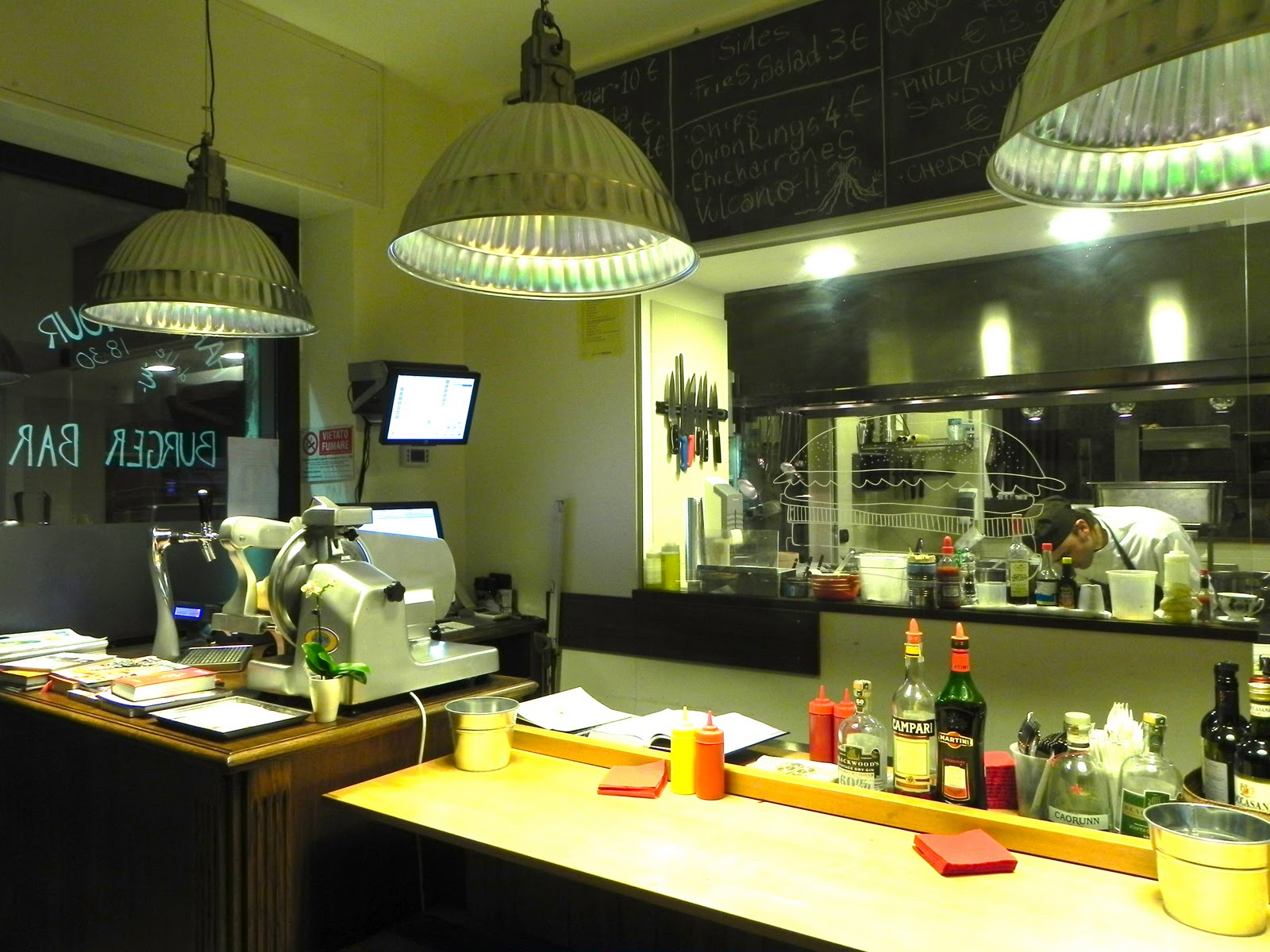 S\'Notes - tips and advices on Milan: Al Mercato - burger bar