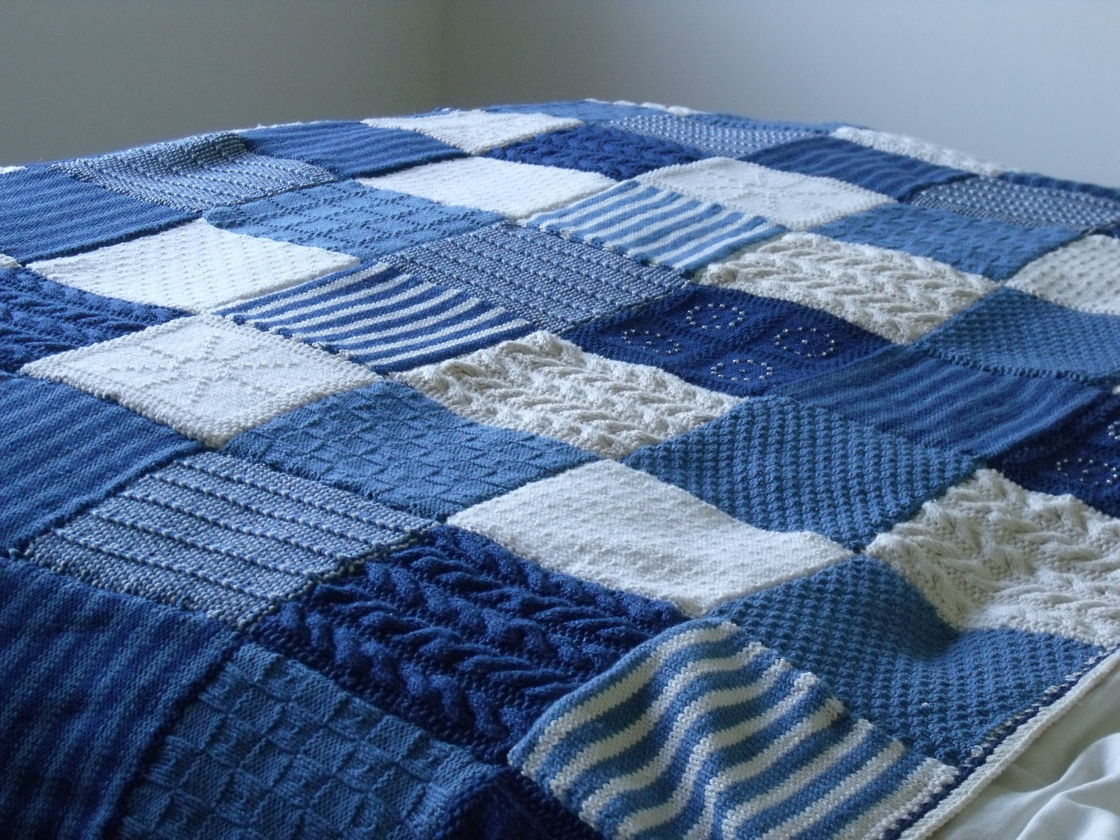 Knitting Blankets : Square blanket baby blue and blankets on pinterest