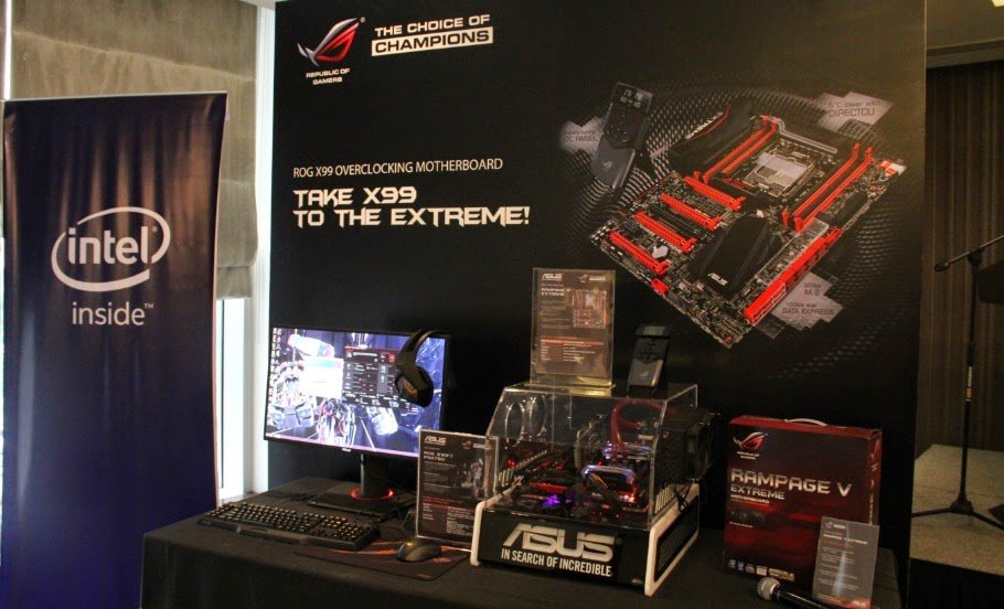ROG Rampage V Extreme with the ROG Swift Monitor