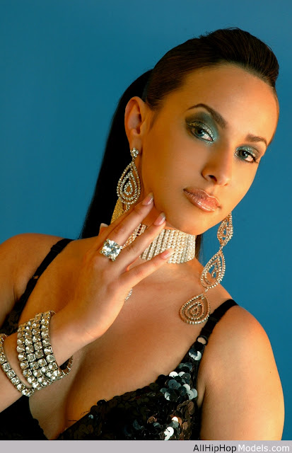 Redefining The Face Of Beauty Cuban Gal Beauties