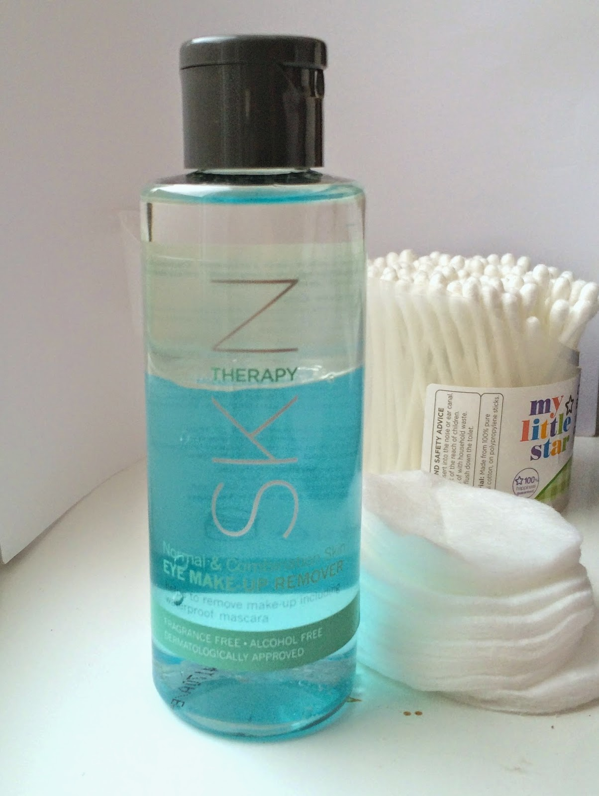 wilko-skin-therapy-eye-make-up-remover-normal-combination