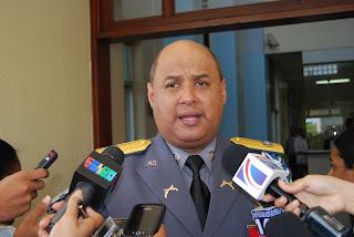 La Policía llama a Omega a entregarse tras agredir periodistas