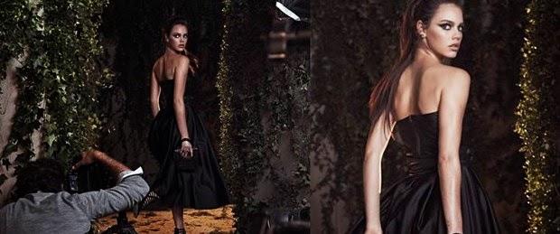 Laura Neiva posou com um vestido longo preto e tomara que caia para a Dumond