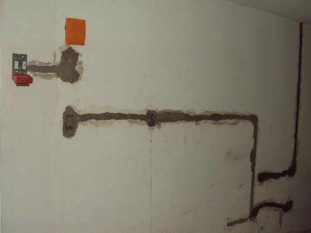 Instalacion de tuberia electrica lobby para internet y telefonia cantv 14 04 2011 hotel - Tuberia para instalacion electrica ...