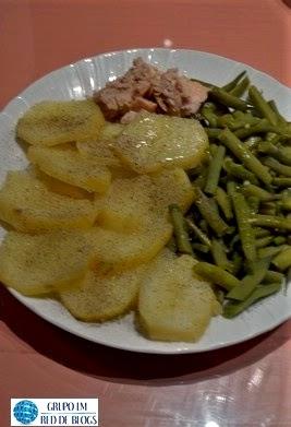Patatas Hervidas con Judías Verdes y Atún