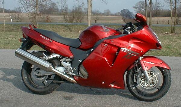 speedy bikes honda cbr1100xx blackbird 190 mph 310 km h. Black Bedroom Furniture Sets. Home Design Ideas