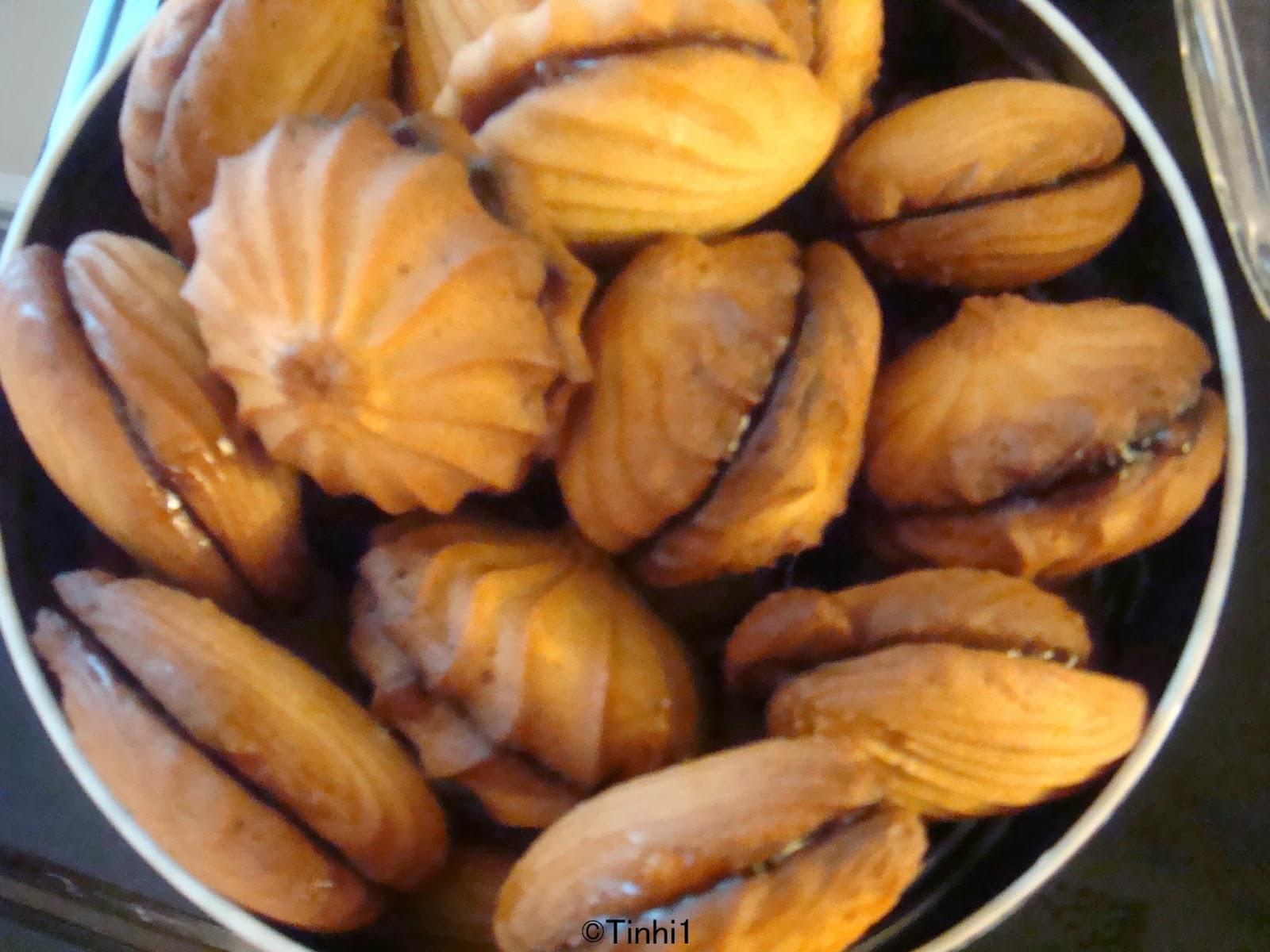 La cuisine de tinhi petits four la poche douille for Petit four cuisine