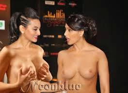 bipasha basu sexy hot and naked hd wallpaper