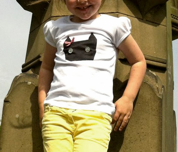 DIY kids cat stencil t-shirt