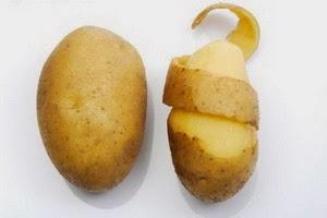 Cara Memutihkan Wajah dengan kentang