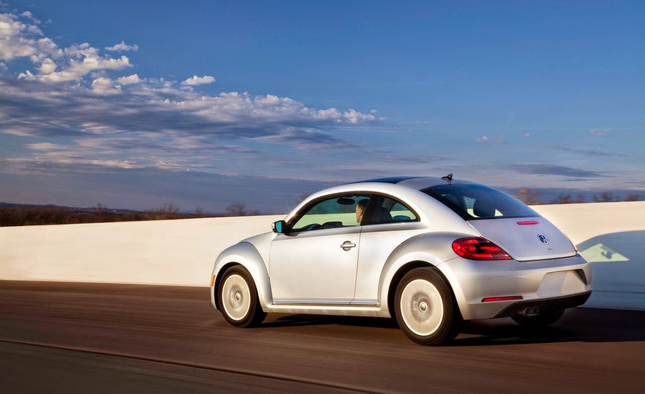 Rear 3/4 view of 2014 Volkswagen Beetle TDI