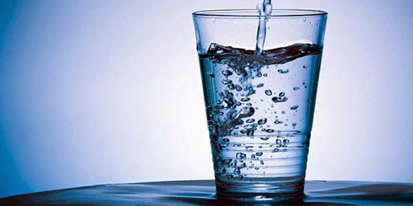 Lose Weight Fast, how to lose weight, weight loss, water in a glass,