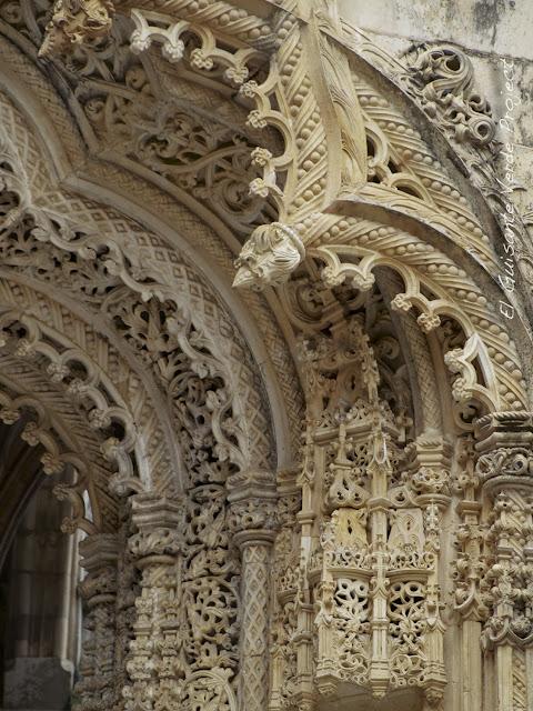 Capillas Imperfectas del Monasterio de Batalla - El Guisante Verde Project