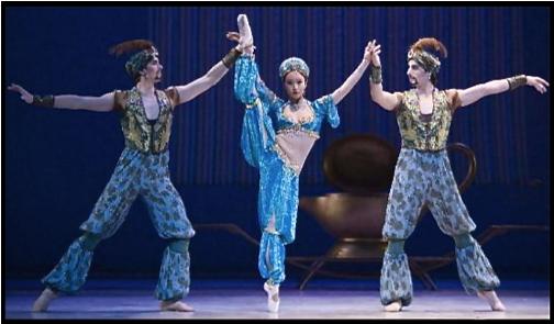 Arabian dancers Nude Photos 84